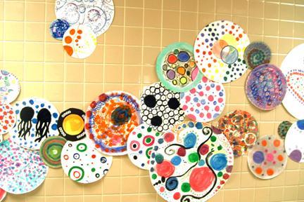 "Art Club Celebrates ""International Dot Day"""