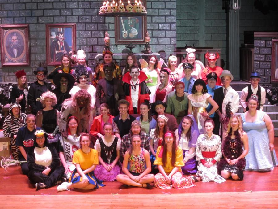 The+entire+cast+of+Alden+High+School%27s+%27Spook+House%27+including+monsters%2C+human+characters%2C+and+dancers.