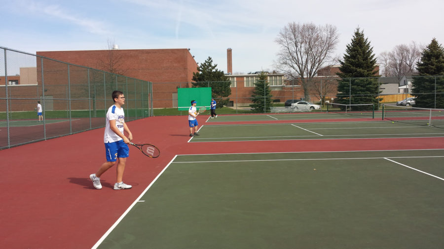 Boys+Tennis+Starts+Strong