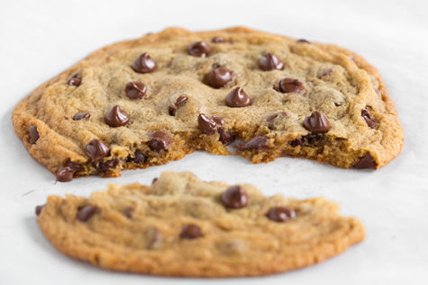 one-big-chocolate-chip-cookie2srgb