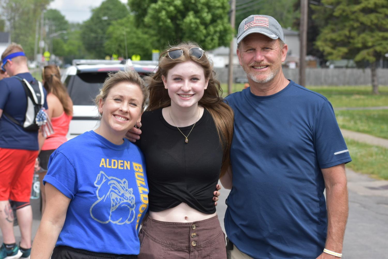 Gallery: Alden Joins Team Julie for the Kaely