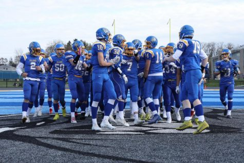 Football Players Fight Against Covid